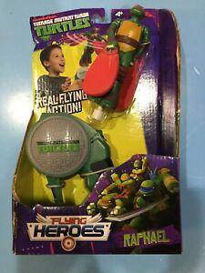 TMNT Turtles Flying Heroes Launcher Raphael Real Flying Action NIB