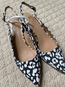 Banana Republic Women's Animal Print Block heel sling back Brand new No box sz 9