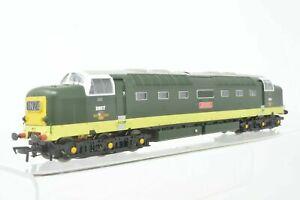 """Bachmann OO Gauge - 32-529 Class 55 D9017 """"The Durham Light Infantry' BR Green"""