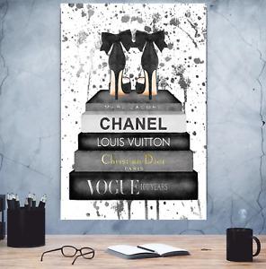 AKT Leinwand Chanel ,Prada, Gucci, Christian Dior , Louis Vuitton Modern