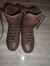 KARRIMOR  MENS BROWN LEATHER COMBAT COLD WEATHER BOOTS SIZE 6M BRITISH ARMY