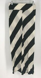 GENNY MAGLIA - WOMEN'S SIZE 8 - BLACK & WHITE SIDE ZIPPER SILK PANTS