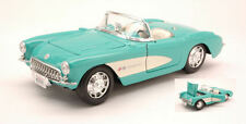 Chevrolet Corvette 1957 Aquamarine 1:24 Model MAISTO