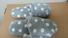 Soft & Comfortable Women household Slippers Light Grey/ Dots Size 7/8.5  V14-15