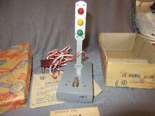 516F Vintage CIJ 16/55 Le Signal Feu Tricolore + Boite