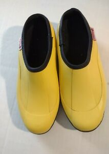 Ranger womens Lady Bug clogs gardening shoes Size 7 Bright yellow