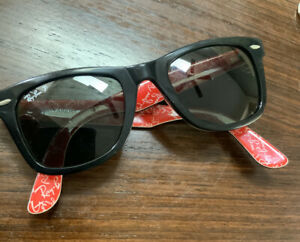 Unisex Ray-Ban Black/Red print sunglasses cracked and new lenses Rare