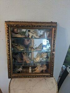 Creazioni Artistiche Italian Wall Curio Cabinet Gold Tone Nice!