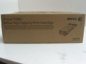 Genuine Xerox,  106R01394,  Yellow,  High-Capacity,  Toner Cartridge