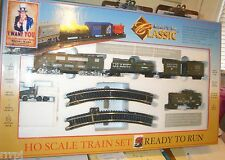 HO US ARMY CLASSIC TRAIN SET LOCO & 5 CARS US ARMY READY TO RUN  W/ TROOPS 28-A3