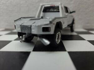 CUSTOM 1/64 2018 Dodge 3500 LARAMIE Flatbed 4x4 TRUCK hitch & Tow CUMMINS farm