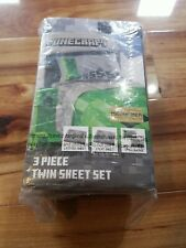 "Minecraft ""Creeper"" 3 Piece Twin Sheet Set Bedding (Brand New)"