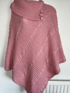 Ladies Poncho. One size. Cable patterned. Worn once. Great buy for cooler months