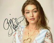 Autographed Gigi Hadid signed 8 x 10 photo - Great Close up Photo