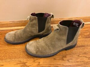 Clarks Cushion Suede Chelsea Boots Pull On Size 10-1/2 M Ankle Boots 2 loops