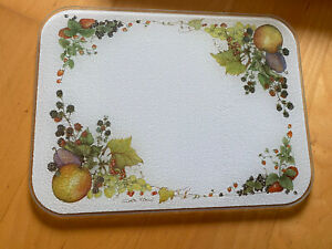 1980/90's Retro Claire Kitcher Tuftop Glass Chopping Board Decorated With Fruit