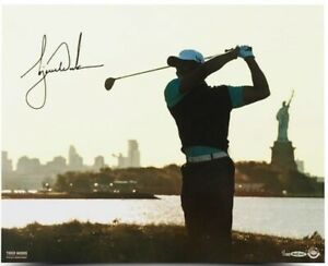 TIGER WOODS AUTOGRAPHED LADY LIBERTY 16X20 PHOTO