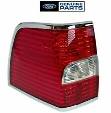 OEM FORD 2007-2014 Lincoln Navigator DRIVER Side Tail Lamp Light 8L7Z13405A