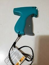 2 PCS AVERY DENNISON TAGGING GUNS GREAT FOR TAGGING CLOTHING AND OTHER ITEMS