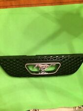1999-2004 FORD MUSTANG HONEYCOMB FRONT GRILLE WITH CHROME EMBLEM 99 00 01 02 03