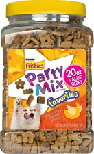 NEW PURINA FRISKIES PARTY MIX LIP CHICKEN FLAVOR FAVORITES  20 OZ CAT TREATS
