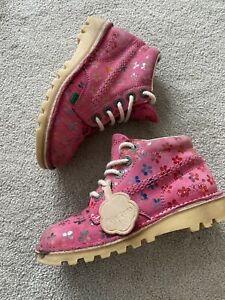 Girls Childs Kids shoes Boots Pink Kickers size 12 EU 30