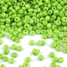 Perles de Rocailles en verre Opaque 2mm (12/0) Vert Clair 20g env. 1600 pcs