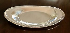 """Oneida Silver Plated Oval Serving Bowl With Decorative Edge 13 x 6.5"""""""