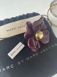 MARC JACOBS RING DAISY PERFUME GOLD & BURGANDY DRESS SUMMER FLOWER FUN JEWELRY