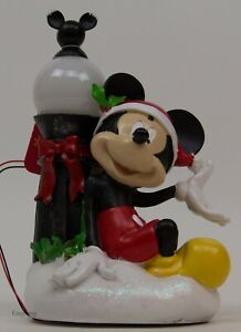 Disney Mickey Mouse Christmas Holiday Garden Statue Figure Light Up Lamp Post