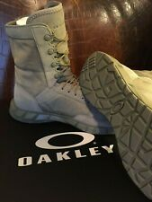 OAKLEY Light Assault 2 Sage boots 10  NEW