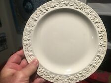 "Wedgwood Queensware Jasperware Etruria Embossed White on Cream 9.25"" Plate NICE!"
