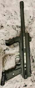 Tippmann 98 Custom Pro Platinum  in excelente condition look like nw...........
