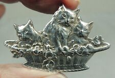 WHITE METAL REALISTIC BUTTON ~ 3 KITTIES IN A BASKET ~ CATS KITTENS     PICTURE