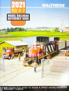 Walthers #913-221 Model Railroad Reference Book 2021 HO-N-Z (NEW RELEASE)