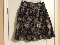 NWOT CHICO'S Black Ivory Embroidered Cotton Lined Skirt Size Small (1)