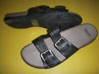 Earth Sand Antigua Perf. Leather Adjustable Slides Sandals Women's 8.5 W Black
