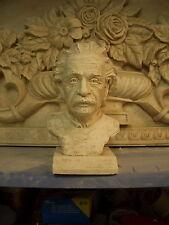 Einstein petit buste très réaliste et détaillé 19 cm