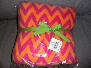 Vera Bradley Ziggy Zags Throw Blanket #12408-184 new with tags