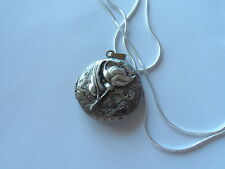 """ANTIQUE SILVER FLORAL LOCKET ROUND SMALL 18"""""""
