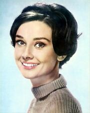 AUDREY HEPBURN 8X10 PHOTO lovely pic 262217
