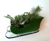 Christmas Green Sleigh Candle Holder Metal decoration holiday table display