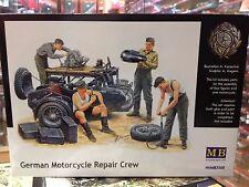 KIT MAQUETA MECANICOS DE MOTOCICLETAS ALEMANES 1:35 MASTER BOX LTD MB3560