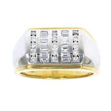 Men's 0.63 CT SI1 18K Gold Diamond Wedding Band in Size 10