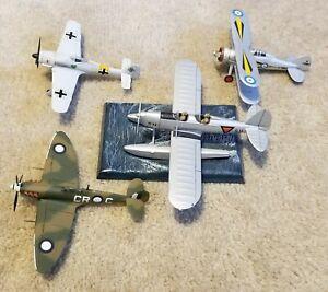 Built lot of 1/72 aircraft + 1/48.    Matchbox, testors(Hawk), Revell, Heller