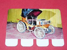 N°31 PEUGEOT 1895 PLAQUE METAL COOP 1964 AUTOMOBILE A TRAVERS AGES