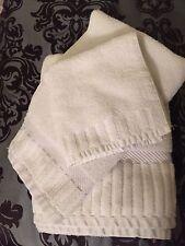 Bath Set 3 Pieces Full Body Towel Hand Wash Cloth Standard Textile Brady White