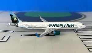 Fronter Airbus A321-211WL N714FR Cubby the Bear 1/400 scale diecast Aeroclassics