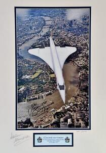 CONCORDE LAST FLIGHT OVER LONDON SIGNED LIMITED EDITION MOUNTED PHOTOGRAPH 23X18