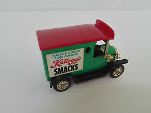 Antiguo Coche a Escala SMACKS KELLOGGS Ford Modelo T.